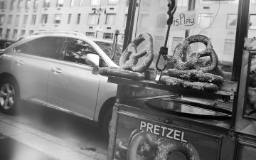 Pretzel Franchises vs Car Franchises – Which Is a Better Fit for You?