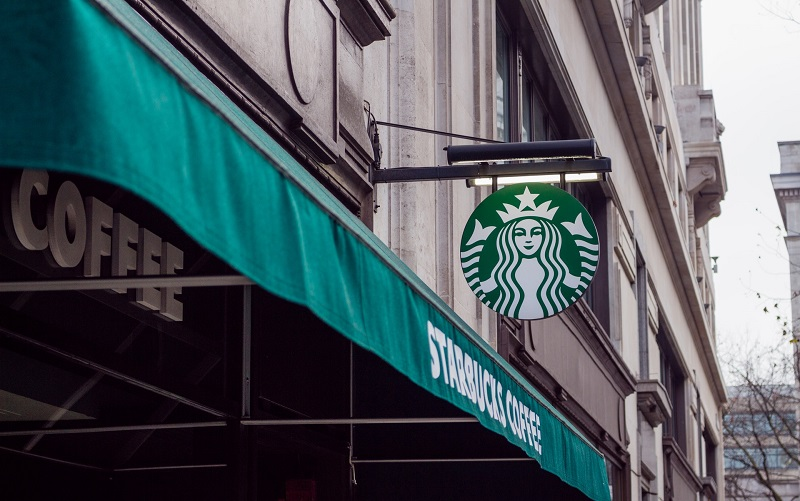 Starbucks Franchise or DetailXPerts Franchise – Which Is Better for You?