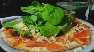 Top 5 Pizza Franchises to Be on Your Radar